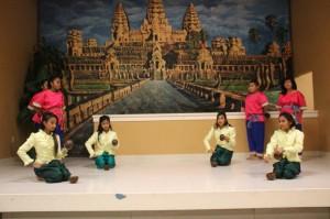 cambodian dancers2